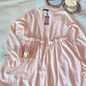 Boohoo Frill Embellished Blush Kimono SZ-10
